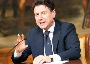 Il Presidente Conte ha annunciato in conferenza stampa le misure per il contenimento dell'emergenza Covid-19 nella cosiddetta