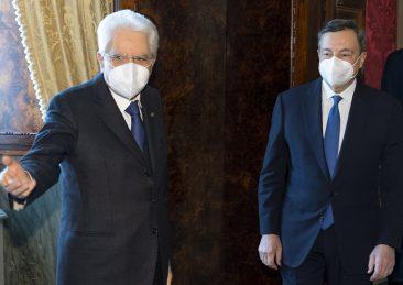 il Presidente della Repubblica Sergio Mattarella con il Prof. Mario Draghi