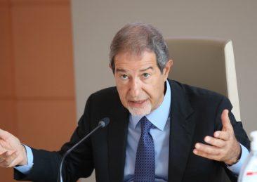 PRESENTATO IL PROGETTO BANCA DELLA TERRA  CHE METTE A DISPOSIZIONE 430 ETTARI DI TERRENO PER I GIOVANI