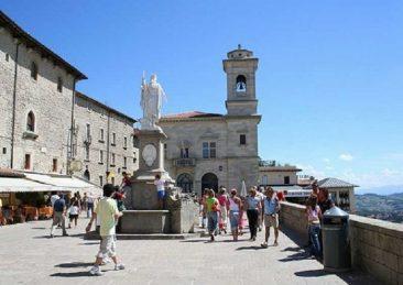 San-Marino-piazza