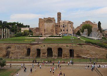 Tempio_di_Venere_e_Roma_-_panoramio_6