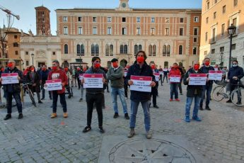 flash mob violenza donne liberare roma