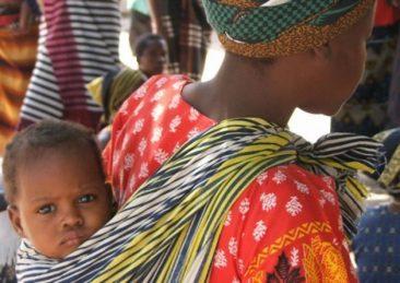 africa_Prima_le_mamme_e_bambini1