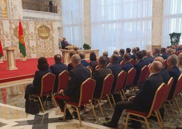 aleksandr-Lukashenko_giuramento