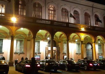 auto-blu-piazza-verdi-bologna-teatro