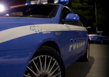 auto_notte_polizia