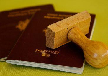 passaporto documenti cittadinanza