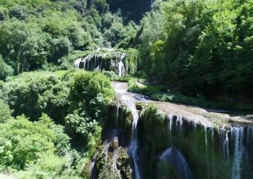 cascata-marmore
