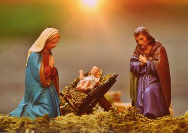 christmas-crib-figures-1060059_1920
