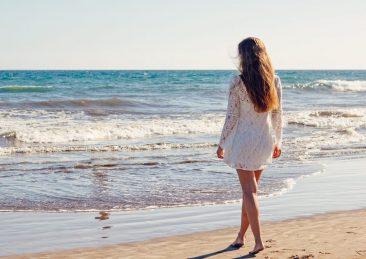 donne_spiaggia_1