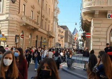 folla roma_covid