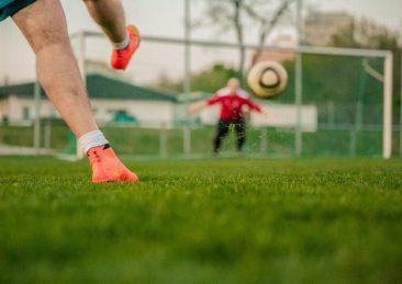 football-1274661_1920-1
