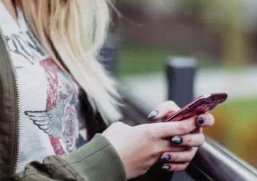 giovani_cellulare_internet_smartphone
