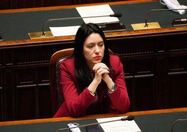 LUCIA AZZOLINA MINISTRA ISTRUZIONE