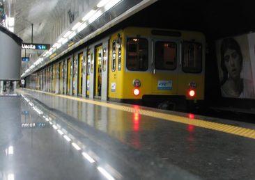 napoli-stazione-metro