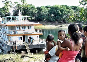 nave-ospedale-amazzonia-caetano-scannavino-2
