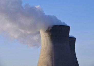 nuclear-power-2186769_1280