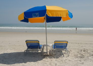 ombrellone_spiaggia_vacanze_spiagge