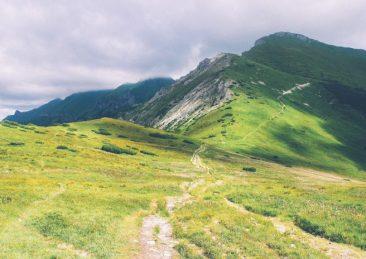 panorama_montagne_trekking_natura-e1505838270956