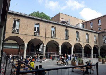 piazza scaravilli occupata cua bologna