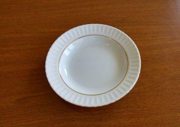 porcelain-plate-1227008_640