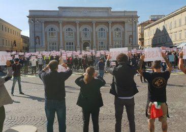 protesta-pesaro-2