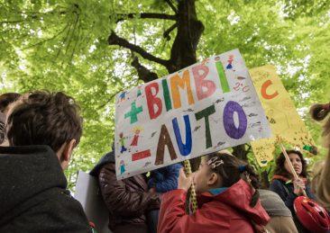 protesta-scuola-acri-bologna-18