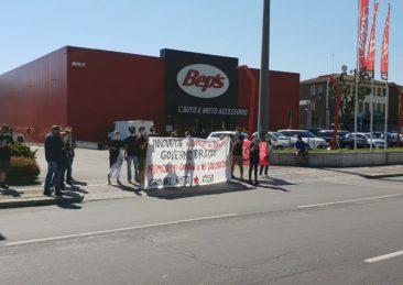protesta studenti contro draghi bologna tecnopolo