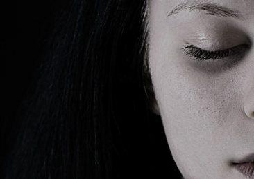 ragazza_depressione_tristezza