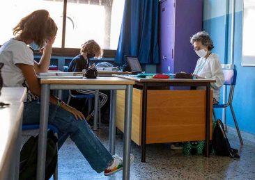scuola_aula_banchi-3