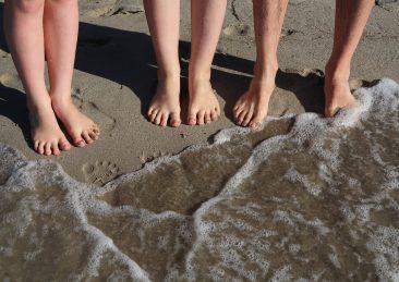spiaggia_mare_bagnasciuga_vacanze