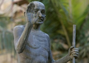statua_gandhi