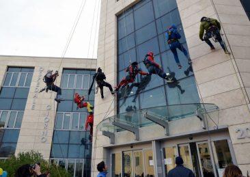 supereroi-acrobatici