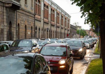 traffico-bologna-scaled