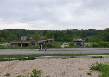 tuzla migranti rotta balcanica bosnia