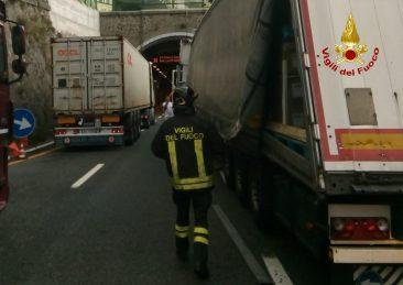 vigili-del-fuoco-traffico-autostrade-liguria