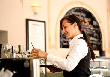 cameriera barista